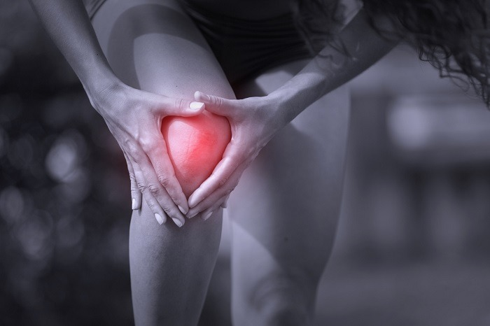 Knee ligament pain