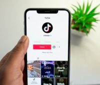 Tiktok follow button